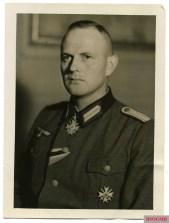 Sonderführer Kurt Leffler.