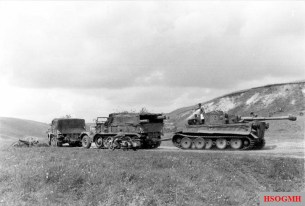 Tiger I towed by two Sd.Kfz. 9.