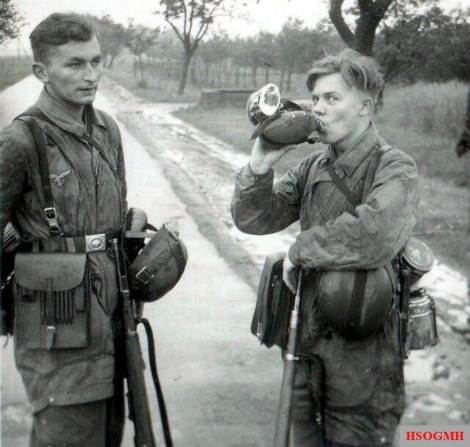 Young paratroopers at the invasion front in Normandy, 1944.