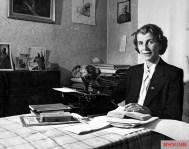 Mrs. Jodl was a great support for Jodl's defense lawyer Prof. Dr. med. jur. Franz Exner and Prof. Dr. med. jur. Hermann Jahrreiß.