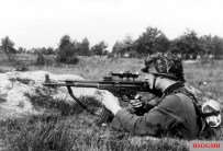 Sniper with STG 44 with riflescope.