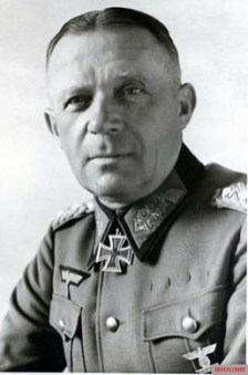 Karl Strecker as General of the Infantry.