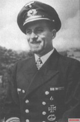 Kapitänleutnant Hans Werner Kraus.