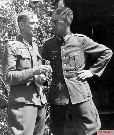 From left to right: Oberstleutnant im Generalstab Heinrich Kodré (Chef des Stabes 305. Infanterie-Division) and Generalmajor Kurt Oppenländer (Kommandeur 305. Infanterie-Division). This picture was taken during the opening days of Operation 'Blau', summer of 1942.