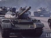 Tancurile la defilare în Bucureşti de 23 august 1964
