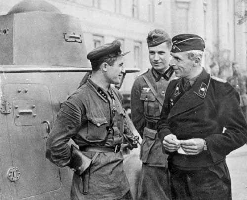 Pactul Ribbentrop-Molotov şi parada comună sovieto-nazistă din Brest-Litovsk