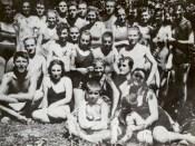 1938 - Nicolae Ceauşescu la ştrand în Bucureşti Fototeca online a comunismului românesc