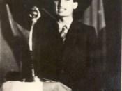 1944 - Nicolae Ceauşescu vorbind la un miting pe 10 septembrie 1944 Fototeca online a comunismului românesc cota 20-1944