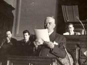 1948 - Nicolae Ceauşescu la discutarea Constituţiei comuniste, în plan secund Fototeca online a comunismului românesc cota 7-1948