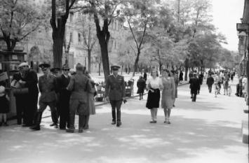 Promenadă din Odesa în iunie 1943