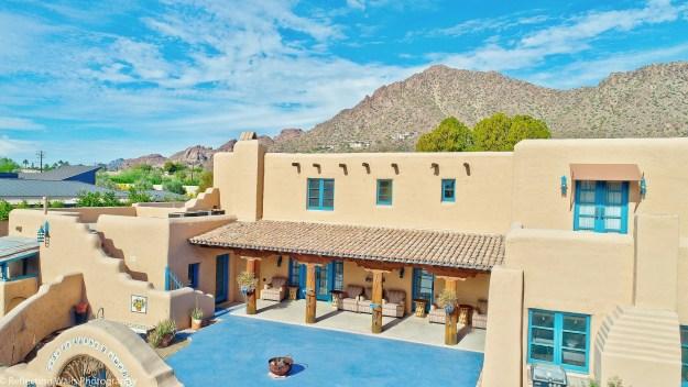 homes,arcadia,historicphoenix,real estate,az,neighborhood,pueblo revival,phoenix,camelback,mountain,drone photo