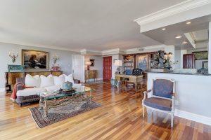 historic,great room,living,regency house,central,district,phoenix,az,agent,real,estate,downtown