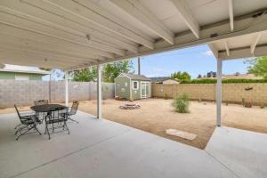 COMMERCIAL GRADE BACK PATIO & LOW MAINTENANCE YARD - 6720 E Granada Rd., Scottsdale, AZ 85257