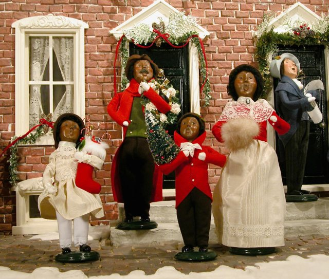 bringing old fashioned christmas caroling to ashview heights