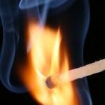 Brandende lucifer - cc