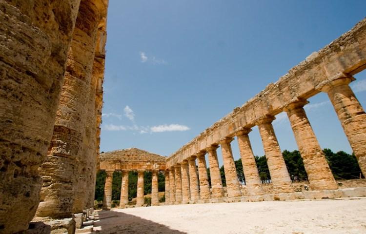 Tempel voor Demeter in in Segesta, Sicilië (cc - Erik Ogan)Tempel voor Demeter in in Segesta, Sicilië (cc - Erik Ogan)