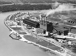 Reactor in Oak Ridge - Manhattan PRoject