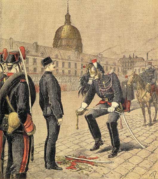 Dreyfus wordt uit zijn rang gezet