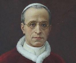 Benedictus XVI verdedigt 'oorlogspaus' Pius XII
