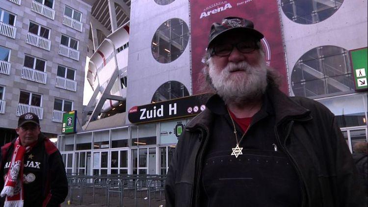 Supporter van Ajax met een Davidster - Still uit de documentaire