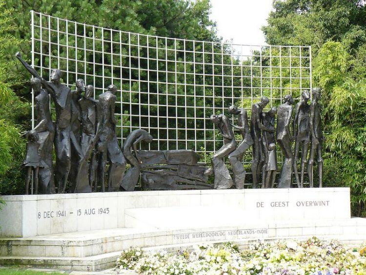 Indië-herdenking in Den Haag, 15 augustus 2013 – Foto: Ilvy Njiokiktjien