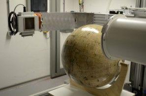 Van de globes zijn deze week röntgenfoto's gemaakt - Foto: Museum Het Valkhof