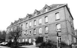 De Jean Bart-kazerne in Duinkerken, waar de Nederlandse soldaten werden opgevangen.