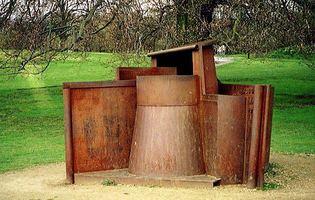 'Dream City', een werk van Anthony Caro in Yorkshire Sculpture Park - Foto: CC