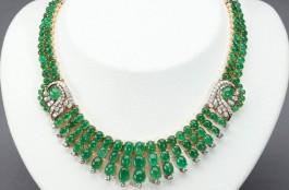 Het kostbare collier - Foto: AVRO