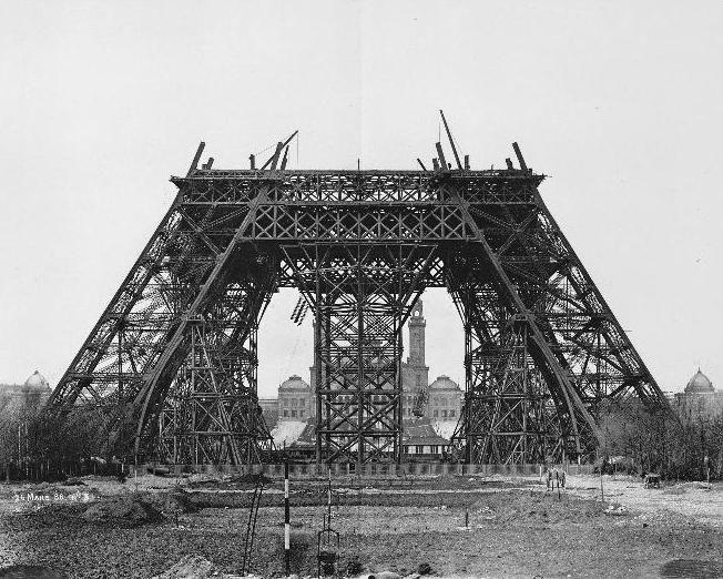 20 maart 1888: Constructie van de horizontale balken voor de middelste steigers