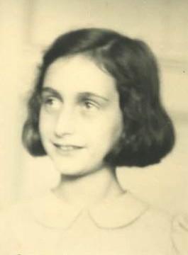Foto die helper Victor Kugler in juli 1941 van Anne Frank maakte (Anne Frank Huis)