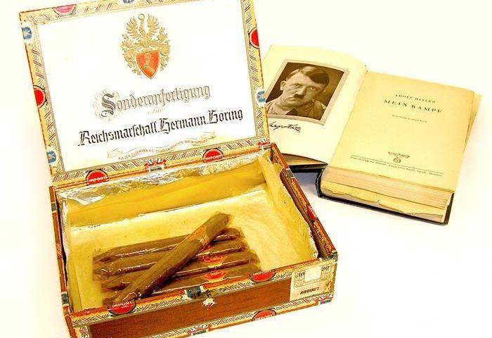 Sigaren van Hermann Göring en een bijzonder exemplaar van Mein Kampf