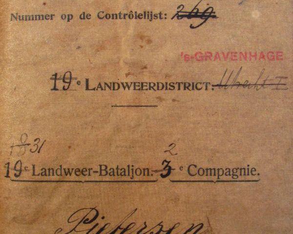 Soldaatboekje van reservist Arie Pietersen (Casteelse Poort)
