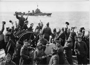 Franse infanteristen op de 'Pavon' op weg naar Vlissingen ter beveiliging van de Westerscheldemonding.