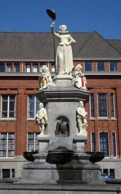 De maagd van Holland - Beeld op de Nieuwe Markt in Rotterdam Joseph Graven, 1874