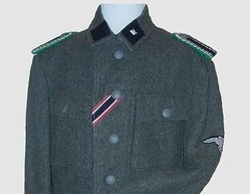 Duits uniform uit de Tweede Wereldoorlog - cc