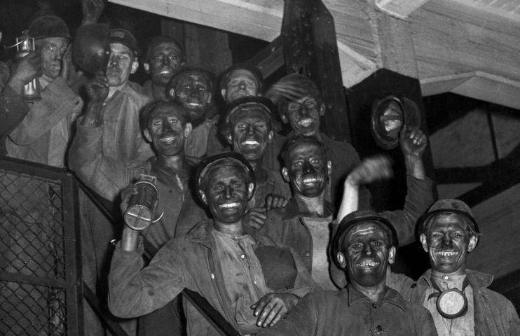 Limburgse mijnwerkers, 1946 (Nationaal Archief - cc)