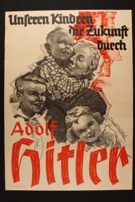 Posters die Duitsers moet laten geloven dat ze het onder Adolf Hitler heel goed krijgen (USHMM)