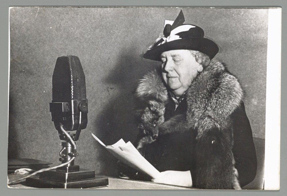 Koningin Wilhelmina spreekt tot het volk via Radio Oranje (zomer 1940)