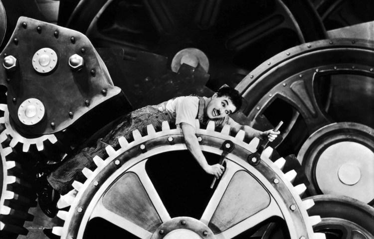 Fragment uit Charlie Chaplins Modern Times: