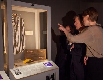 Koning Willem-Alexander bezoekt de tentoonstelling - Foto: Hanne Nijhuis