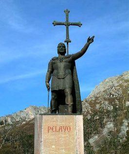 Don Pelayo met achter hem het Kruis van Covadonga - cc