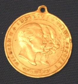 Medaille van de Driebond met de beeltenis van Wilhelm II, Umberto I en Franz Joseph I. - cc