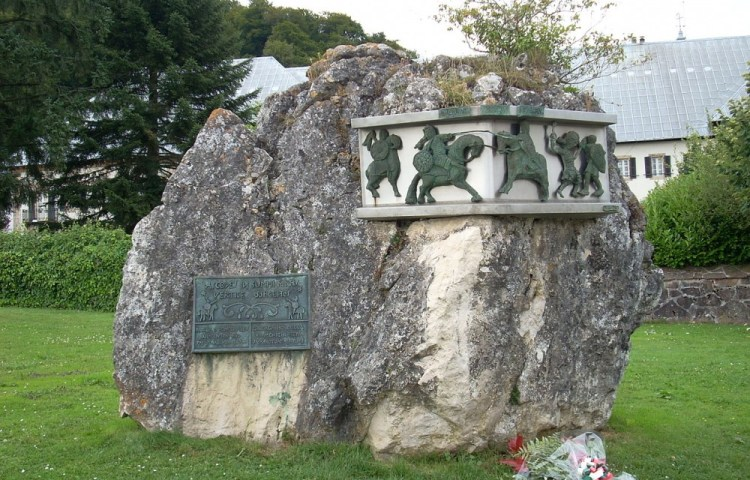 Monument ter nagedachtenis aan de Slag bij Roncevaux - cc