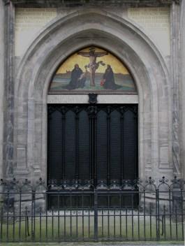 Slotkapel van Wittenberg; aan de in 1858 geplaatste deuren zijn de stellingen van Luther aangebracht.