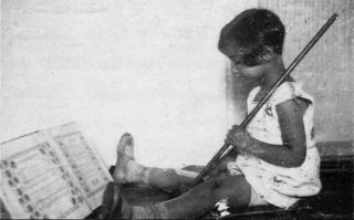 Anita Lasker-Wallfisch als kind. Eigen foto.