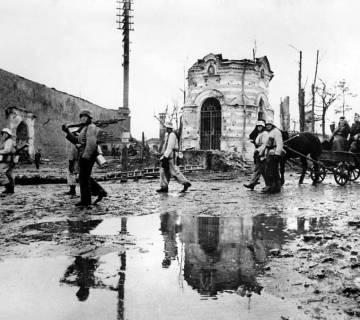 Foto uit de Slag om de Narva, 1944. Bron: http://weaponsandwarfare.com/2015/09/01/the-battle-of-narva-1944-part-i/