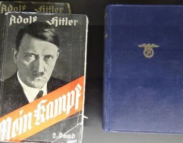 Exemplaren van Mein Kampf - cc