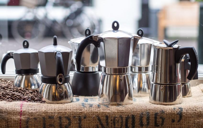 Verschillende modellen van de Bialetti-koffiepot- cc