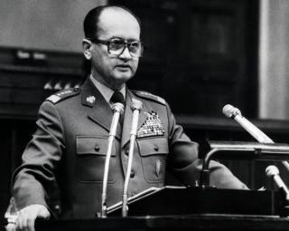 Wojciech Jaruzelski in het Poolse parlement, 1981